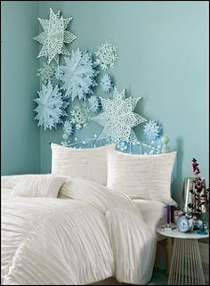 Frozen Snowflake Wallpaper by Graham and Brown.....I NEED THIS ...