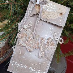 """171 likerklikk, 30 kommentarer – Mette Rønning Buskum (@mettebuskum) på Instagram: """"Jeg har laget en gavepose til å putte en liten julegave i🎁 #stempelglede #juleforberedelser…"""" Christmas Stockings, Tags, Holiday Decor, Home Decor, Stamps, Needlepoint Christmas Stockings, Decoration Home, Room Decor, Christmas Leggings"""