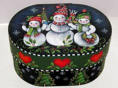 Painting Folk Art Pieces with patterns that anyone can paint. These folk art patterns are by Rosemary West. Christmas Wood, Christmas Snowman, Christmas Crafts, Christmas Ornaments, Christmas Pictures, Xmas, Arte Country, Pintura Country, The Joy Of Painting