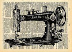 Een fraai ingerichte victoriaanse antieke naaimachine wordt afgebeeld in zwart-wit op een pagina uit een vintage boek.  ... TITEL...