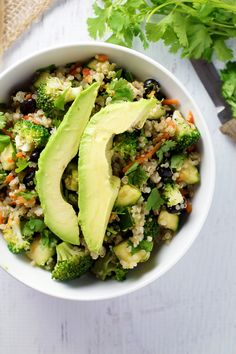 El Fresco Quinoa Bowl is a healthy and nutritious clean cleanse meal for lunch or dinner!