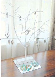 DIY: Jewelry Tree tutorial