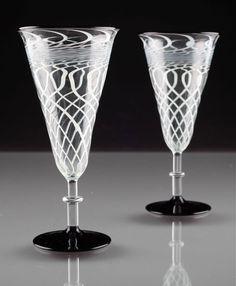 2 Art Deco Sektgläser Fadenglas schwarz Glas weiß Gläser ~ 20er Lauscha ? R6U