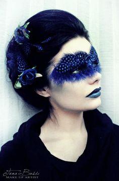 Blue lips - Make-up Bird Makeup, Mask Makeup, Fx Makeup, Costume Makeup, High Fashion Makeup, Best Makeup Artist, Special Effects Makeup, Makeup Designs, Fantasy Makeup