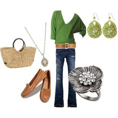 I love this green top -have the earrings