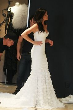 Oh My Gawd This Wedding Dress! Love this style!