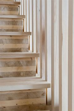raw pine stairs #Treppen #Stairs #Escaleras