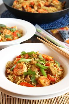 Fast and easy, this stir-fry is ready in less time than it takes to order take out! | The Suburban Soapbox