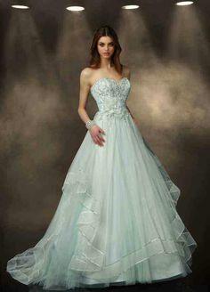 Gorgeous princess bridal gown
