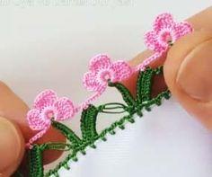 Sıralı Yapraklı Çiçek Tığ Oyası Yapımı Crochet Lace Edging, Knit Crochet, Embroidery On Clothes, Crochet Curtains, Best Wedding Dresses, Diy And Crafts, Knitting, Sewing, Creative