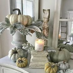 See my favorite farmhouse fall decor ideas. Part one is all about fall home decor inside. On a table or in a three-tier stand. DIY fall decor for anyone! Autumn Decorating, Pumpkin Decorating, Decorating Blogs, Decorating With White Pumpkins, White Pumpkin Decor, French Country Decorating, Thanksgiving Decorations, Seasonal Decor, Holiday Decor