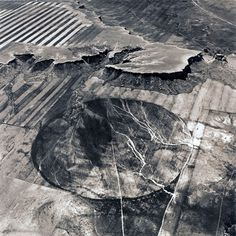 US artist Emmet Gowin discovered aerial photography after receiving a scholarship from the Seattle Arts Commission in 1980 and consequently being asked to photograph the massive eruption of Mount Saint Helens. Since then, she has been taking black-and-white pictures of the surface of the Earth...