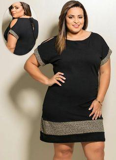 vetement pour femme ronde, robe noire avec les ourlets en imprimés léopard, manches courtes avec des fentes, ouverture discrète avec petit nœud au dos