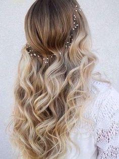 Beautiful hair chain wedding hair #waves #weddinghair