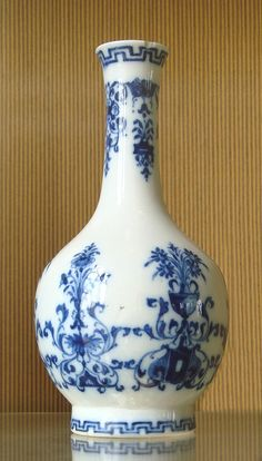 The Rouen porcelain manufactory closed in 1696. Contrary to the Saint-Cloud manufactory, Rouen porcelain was only produced on a small scale, and failed to be commercially viable.It was characterized by an intense blue glaze, and minimalist blue decorations which only occupied a small portion of the available space in any given object.