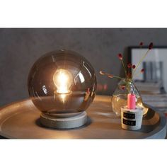 Tischleuchte Crystal Ball Katalogbild