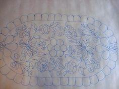 Riselhető kis terítő Embroidery Transfers, Embroidery Patterns, Hand Embroidery, Hungarian Embroidery, Vintage Embroidery, Needlepoint, Folk Art, Needlework, Tapestry