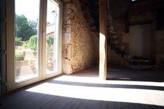 Lumière - Maison en pierre - Dordogne