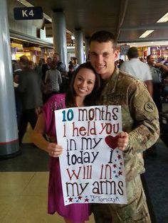 Deployment welcome home sign.