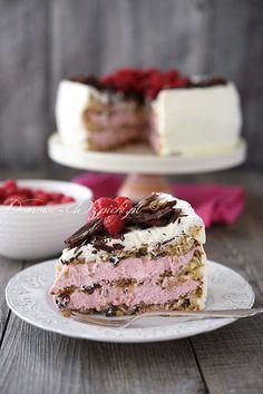 Tort cygański z kremem malinowym. Polish Recipes, Chocolate Desserts, Cake Cookies, Baked Goods, Cake Recipes, Cooking Recipes, Cooking Ideas, Cheesecake, Food And Drink