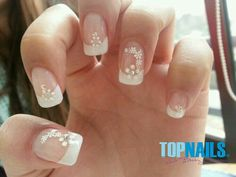 The Greatest concepts for marriage ceremony nails which are sufficient to seduce your suggestions for the special occasion. Gel Nail Art, Acrylic Nails, Gel Nails, Nail Polish Designs, Cute Nail Designs, French Nails, Bridal Nail Art, Manicure E Pedicure, Artificial Nails
