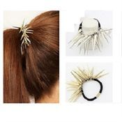 Haircuff - Ponytail holder metal m/ spikes Fl. farver