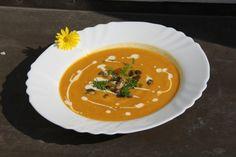 Dýňovo-čočková polévka - http://www.testovanonadetech.com/food?id=171
