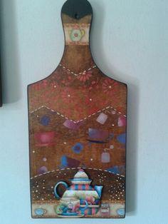Tabua de Carne Decorada feito por Gislaine Lenk de Lima.