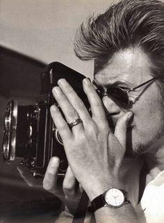 David Bowie with a rolleiflex