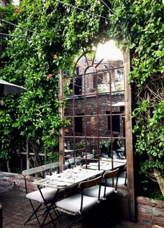 El Paseo – The most charming and delicious restaurant in Mill Valley, California - Dekoration Ideen 2019 Outdoor Cafe, Outdoor Restaurant, Outdoor Rooms, Outdoor Dining, Outdoor Gardens, Courtyard Restaurant, Courtyard Cafe, Terrace, Garden Mirrors