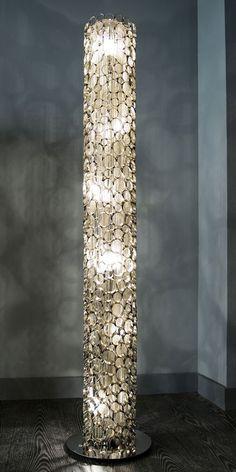 Design Vloerlamp Fluxxet van DaViDi Design is nu verkrijgbaar bij Furnies.nl!