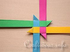 """TUTORIAL - (the beginnings of the """"Froebel Stern"""" star, a 3-page tutorial)"""