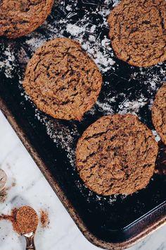 Paleo Chai Spiced Cookies (GF, Dairy-Free, Egg-Free + Refined Sugar-Free) via Chocolate Chip Mug Cake, Chocolate Chip Cookie Dough, Gluten Free Baking, Vegan Baking, Paleo Vegan, Paleo Food, Paleo Dessert, Healthy Desserts, Yummy Snacks