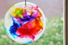 Cosmic Suncatchers kids diy craft crafts diy crafts do it yourself diy projects kids crafts cosmic kids activities suncatchers diy and crafts projects for kids Easy Crafts For Kids, Summer Crafts, Toddler Crafts, Projects For Kids, Fun Crafts, Art For Kids, Craft Projects, Kids Diy, Craft Ideas