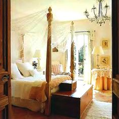 Google Image Result for http://eclecticrevisited.files.wordpress.com/2011/10/rustic-bedroom-decorating-ideas-european-4-poster-bed.jpg%3Fw%3D583