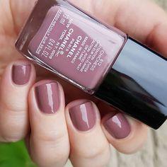 Chanel - Chicness #chanelchicness #chanelnails #chanelnailpolish #levernis #nailpolish #manicure #nailstagram #instanails #makeup #nailsofinstagram #nailpolishswatch