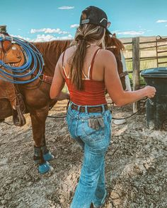 Cowgirl Style Outfits, Country Style Outfits, Southern Outfits, Rodeo Outfits, Western Outfits, Cute Outfits, Cute Country Girl, Country Girl Life, Style Geek