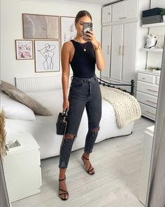 """Katherine Bond on Instagram: """"Was feeling the all black 🖤"""" Casual Bar Outfits, Classy Outfits, Chic Outfits, Spring Outfits, Trendy Outfits, Fashion Outfits, Vetement Fashion, Elegantes Outfit, Looks Black"""