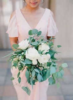 Organic rose, dahlia and eucalyptus wedding bouquet: Photography : Hello Blue Photo Read More on SMP: http://www.stylemepretty.com/california-weddings/san-juan-capistrano/2016/11/14/modern-rustic-chic-wedding-in-california/