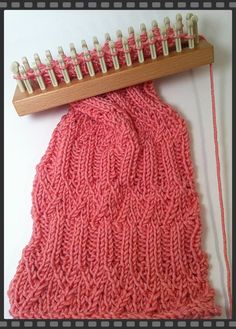 Loom - Pattern Reveal - Abbey Scarf.  Isela has done it again!  She's made an original pattern and has it available free of charge on KB Knitting.