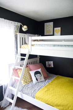 Love this shared girls room with bunk beds! Girls Bunk Beds, White Bunk Beds, Double Bunk Beds, Modern Bunk Beds, Bunk Beds With Stairs, Kid Beds, Kids Double Bed, Bedroom Loft, Girls Bedroom