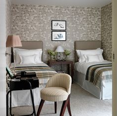 Nina Campbell - twin bedroom/ guest room Like the colours not necessarily the wallpaper. Nina Campbell, Guest Bedrooms, Teenage Bedrooms, Shared Bedrooms, Girls Bedroom, Ikea, Traditional Bedroom, Best Interior Design, Apartment Living