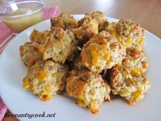 The Country Cook: Cream Cheese Sausage Balls - substitue Bisquik with Carbquik for a lower carb option!