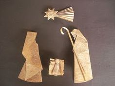 Presépio de Origami, criado por Luigi Leonardi, dobrado por mim   (o Menino Jesus e a manjedoura eu fiz diferente do modelo original) e a ...