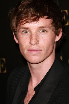 Eddie Redmayne: he has the most beautiful eyes, and lips, and he even has red hair... good work God :)