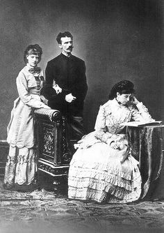 His Royal Highness Ludwig Wilhelm, Duke in Bavaria (1831–1920), his morganatic wife Henriette, Baroness von Wallersee (1833-1891) née Henriette Mendel, and their daughter Baroness Marie von Wallersee (1858-1940). Marie was to become rather infamous for her role in the Mayerling incident under her married name of Countess Marie Larisch.