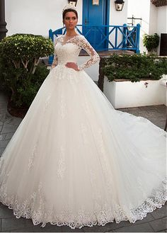 Buy discount Gorgeous Tulle Bateau Neckline Ball Gown Wedding Dress With Lace Appliques & Beadings & Detachable Jacket at Ailsabridal.com