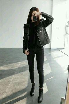 Edgy: All Black - Leather Jacket - Plain Shirt - Black Pants - Ankel Boots