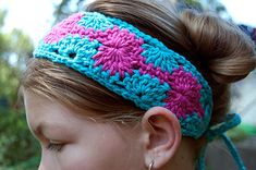 Crochet Patterns Headband Free pattern Ravelry: Catherine Crochet Headband pattern by Tamara Kelly Easy Crochet Headbands, Crochet Headband Pattern, Handmade Headbands, Knit Headband, Headband Baby, Handmade Gifts, Love Crochet, Crochet Gifts, Crochet Yarn