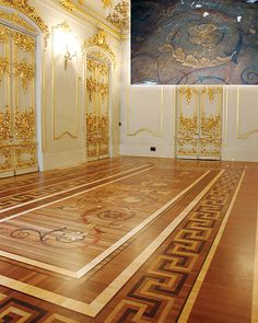 This hand-engraved floor inside Russia's Winter Palace was under brown wall-to-wall carpeting until it was restored by Yantarnaya Pryad-Parquet. Wood Parquet, Parquet Flooring, Wooden Flooring, Hardwood Floors, Parquetry Floor, Painted Wood Floors, Intarsia Wood, Natural Stone Flooring, Floor Design
